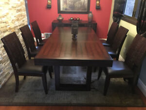 "Dining room set -table, 6 chairs. W: 40"" L: 60"" or 84"" extended"