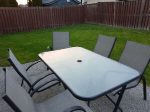 7 piece Patio Dining Set with tempered glass table