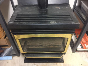 Natural gas fireplace stove