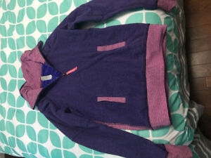 Iviva Sweater Size 12