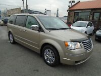 2008 CHRYSLER TOWN & COUNTRY 80000 KM SEULEMENT! COMME NEUF!