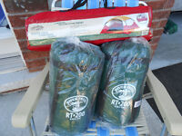 Tera Guard tent 2 person wedge tent & 2 new sleeping bags