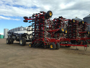 BOURGAULT 3310 75FT WITH 6700 TANK