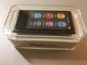 Apple iPod nano 7th Gen. 16GB w/ Griffin Case -Brand New
