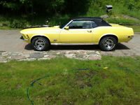 1970 convertible Mustang  with shaker ,  351 Cleaveland