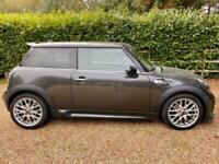 Mini 1.6 Cooper S 3dr with Full Leather, JCW Body Kit and JCW 17'' Alloys.
