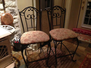 4 Counter stools $25 each