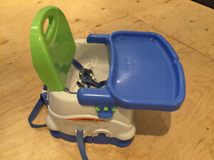 Fisher price Siège d'appoint ajustable - Adjustable booster seat