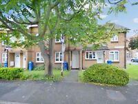 1 bedroom flat in Abingdon Close, Bermondsey SE1