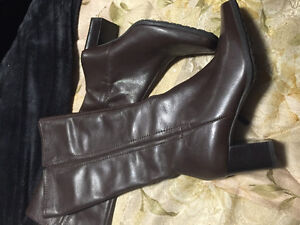 Brown Leather Naturalizer Boots