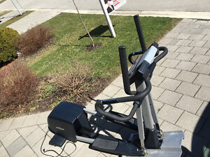 Nordictrack CX 990 elliptical trainer London Ontario image 1