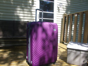 Large Spinner Suitcase