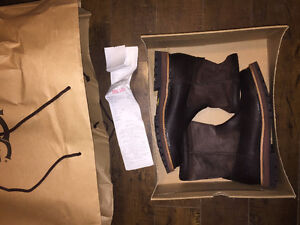 Brand New - UGG - Man's Winter Boots Size 8 - M Polson