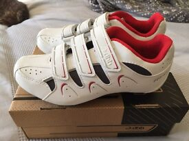 Size UK 5 (Eur 38) DHB cycling shoes