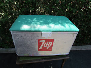 GLACIERE 7 UP VINTAGE (COOLER)