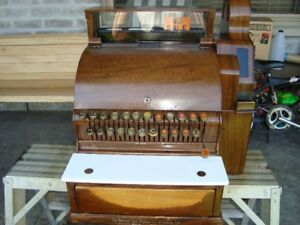 VINTAGE NATIONAL CASH REGISTER TORONTO
