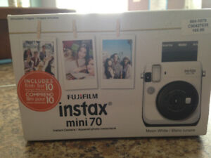 BRAND NEW INSTAX MINI