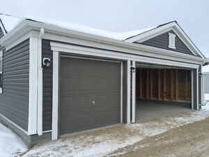 Triple Garage Space for Rent 8 Mins from Calgary Airport
