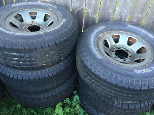 Great winter tires bf Goodrich 31/10.50/15 have 4 in great shape