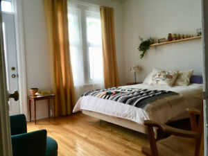 All furnished Room sublet Jean-Talon metro APRIL/MAY