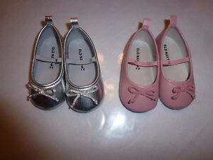 Slip on infant shoes 12-18 months - very good condition
