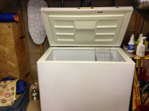 Woods 150 chest freezer for sale