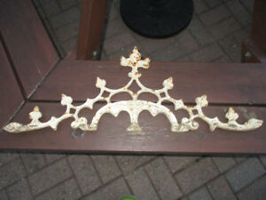 Metal Piece for Outdoor Space-Heavy/Very Good Quality