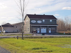 1950 sq ft 3 Bedroom Central Air / Easy commute to West Island