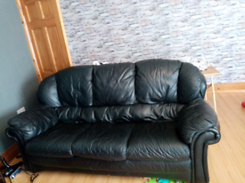 3+1+1 leather sofa needs gone today