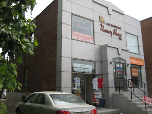 COMMERCIAL SPACE (2ND FLOOR) FOR RENT NEXT TO BUSY METRO STATION