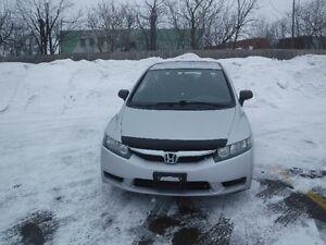 2010 Honda civic DX-G Sedan JUST FOR 5980 PLUS TAX MINT MINT