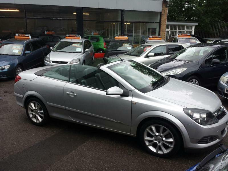 Vauxhall Astra 2.0 Twin Top Design CONVERTIBLE - 2006 56-REG -FULL 12 MONTHS MOT
