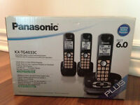 Panasonic with 3 Portable Home Phones/Answering Machine