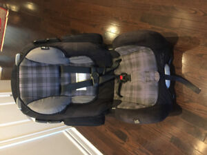 Car seat for sale. Upto 100lb. In great condition. $40