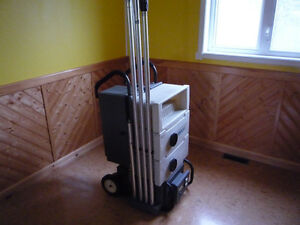wall and ceiling cleaning machine
