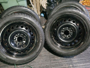 "17"" Steel rims off 2007 Lincoln MKZ (JUST RIMS)"