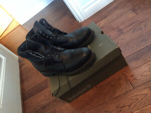 Black Timberland Boots (MENS)..Size 11.5