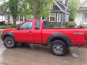 2002 Nissan Frontier, Safetied, Low km's