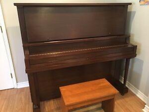 Upright Grand Piano - reduced