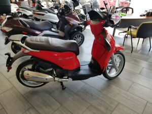 2000 Scarabeo by Aprillia REDUCED