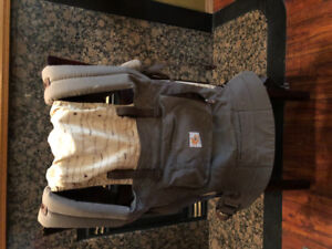 Moving sell baby carrier ergobaby