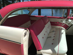 1955 FORD VICTORIA 2 DR HDTP TROPICAL ROSE & WHITE
