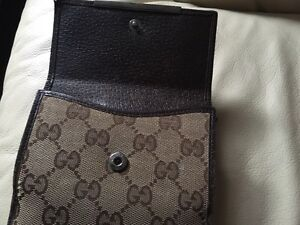 Authentic Gucci compact women's wallet