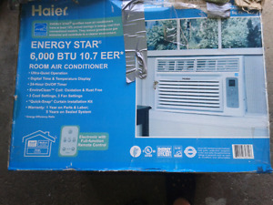 Window air conditioner slightly used .with remote! Can deliver