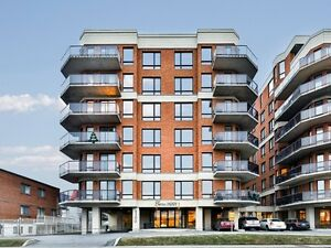 Luxury Condo 5 1/2 in St Leonard