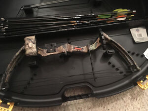 Youth bear compound bow and accessories