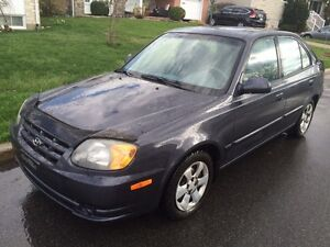 2006 Hyundai Accent 5...automatique, equippee