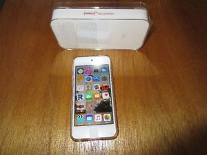 Ipod Touch 5th gen 16gb RED Stratford Kitchener Area image 5
