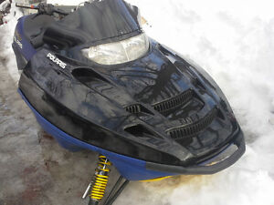 parting out polaris twin sleds 6 ,,7,, & 800