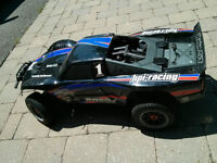 HPI Baja 5T - with accesories